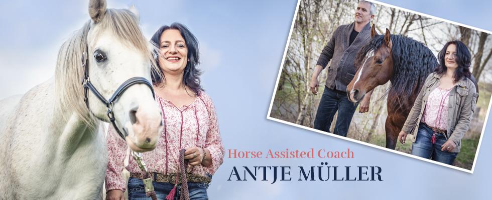 Wir-coachen-dich-Antje-Müller-Horse-assisted-coach-Pferdegestütztes-Coaching-mit-Pferden-Markus-Böker