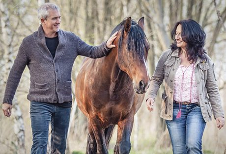 Außergewöhnliches Seminarkonzept Horse assisted coaching - Pferdegestütztes Coaching mit Antje Müller und Markus Böker + Pferdegestützte Coachings