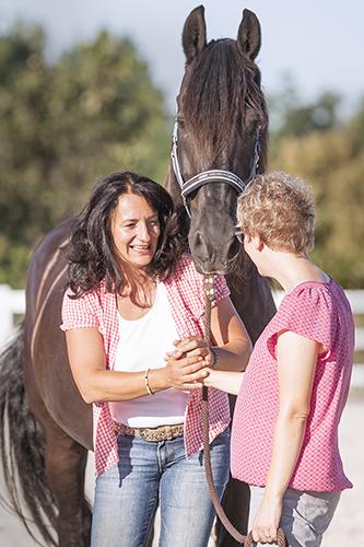 wir_coachen_dich_pferdegestütztes_coaching_mit_pferden_antje_müller_Tageskurs_radebeul